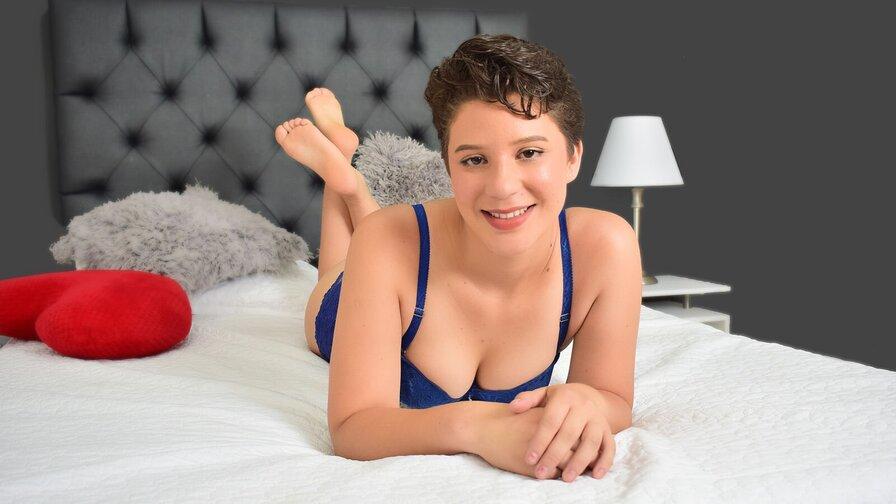 GiannaChloe