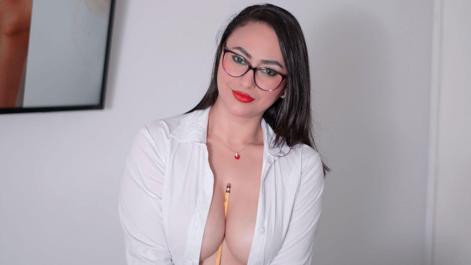 SamanthaLevin