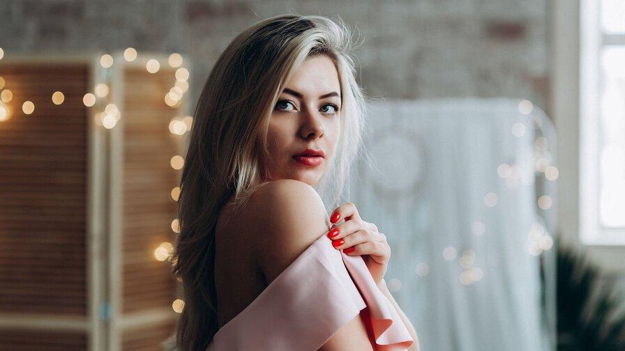 ArianaYa