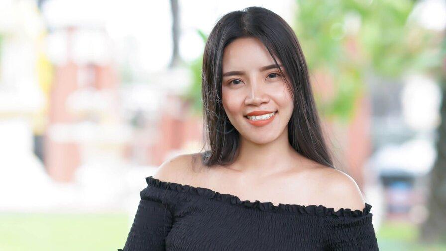 BeckySaithong
